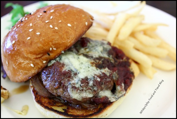 Jewel Cafe & Bar - Port & Blue Cheese Burger $20 (2)