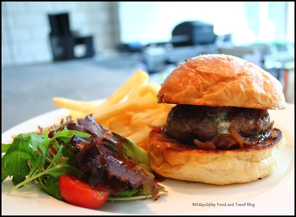 Jewel Cafe & Bar - Port & Blue Cheese Burger $20