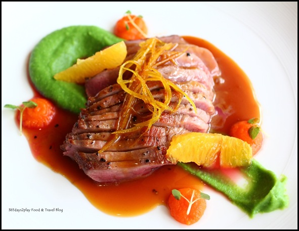 Wine Universe Oenotheque - Duck with orange and pea and pumpkin puree (2)