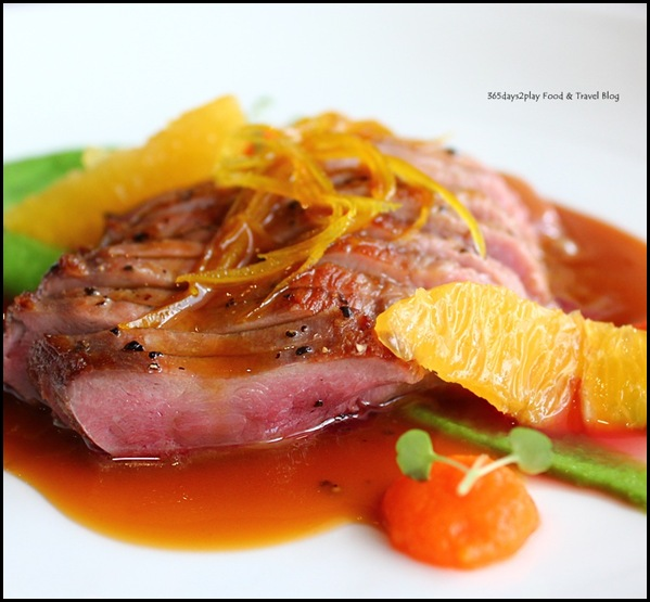 Wine Universe Oenotheque - Duck with orange and pea and pumpkin puree