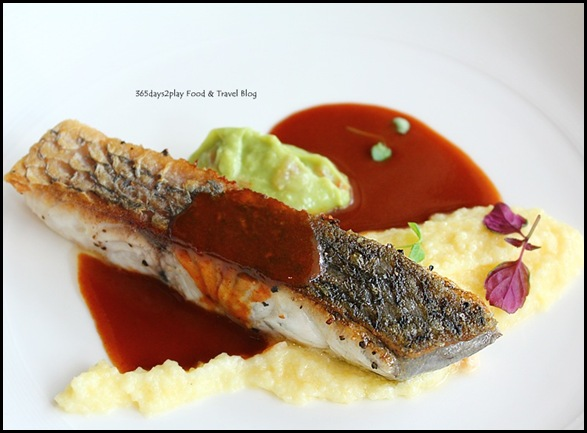Wine Universe Oenotheque - Seabass with corn, paprika and avocado