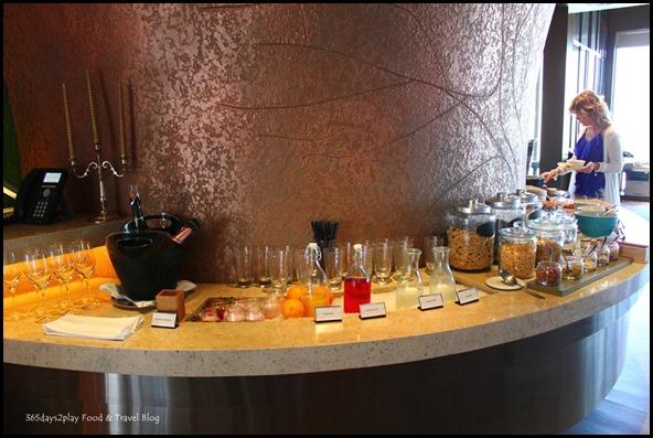 Pan Pacific Club Lounge (54)