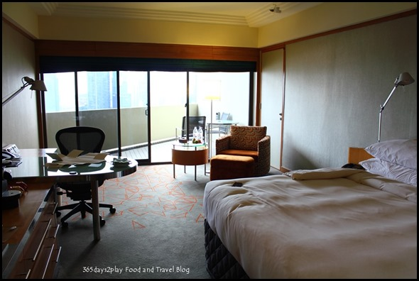 Pan Pacific Singapore Club Room (11)