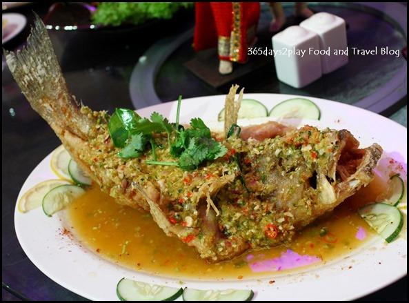 Deep-fried seabass in thai chili
