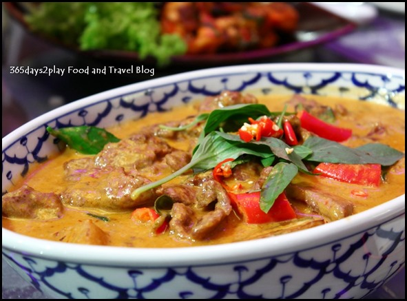 Red Curry Beef (1)