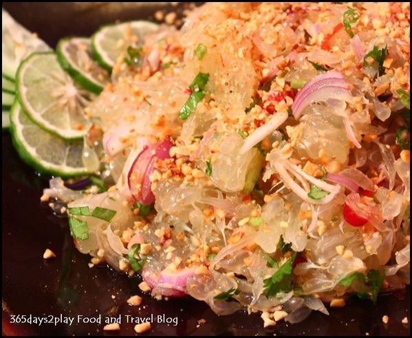 Yam Som Oh (Pomelo Salad)