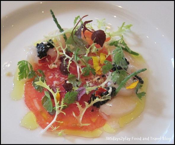 Au Jardin Wedding - marinated raw scallop, avruga caviar