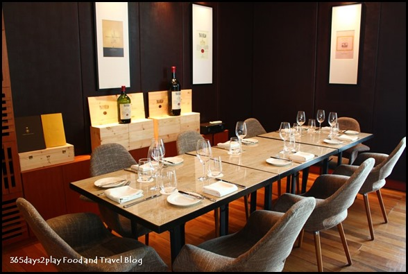District 10 - Private dining area