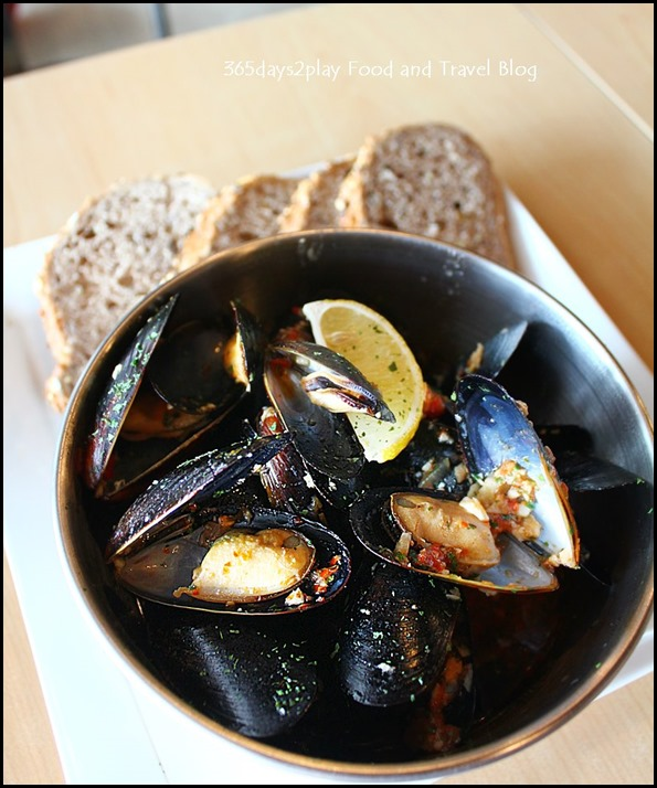 Rokeby Cafe Bistro - Chilli Mussels served with toasted multigrain bread $19 (1)
