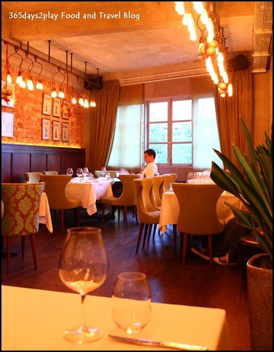 Absinthe Restaurant Francais - (17)