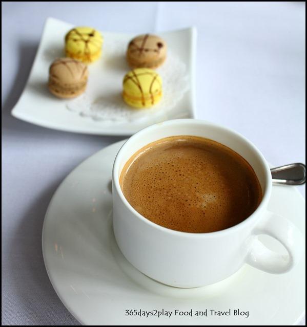 Au Jardin - Coffee and Petit Fours