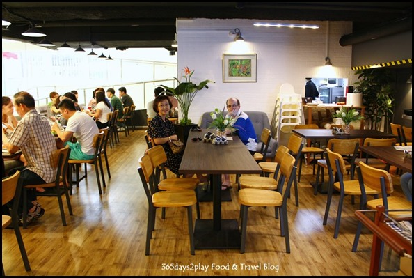 Group Therapy Cafe (9)