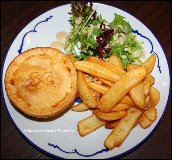 Group Therapy Cafe - Steak & Cheese Pie with lean beef cubes and melted cheddar in a shortcrust pastry $15