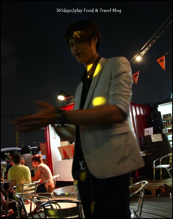 Pasar Bella at MBS - Magician