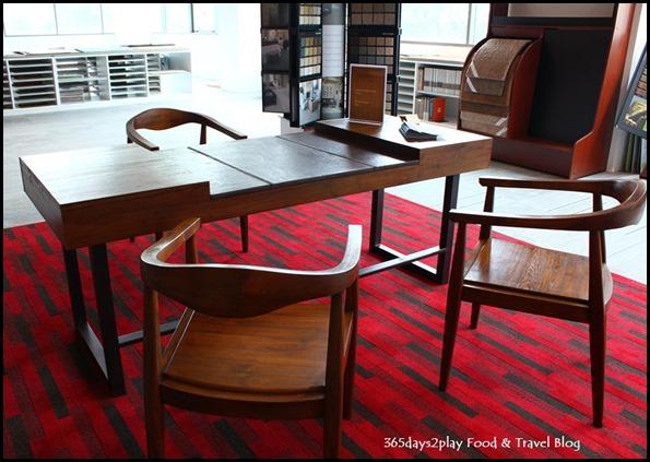 Design Hub Writing Desk