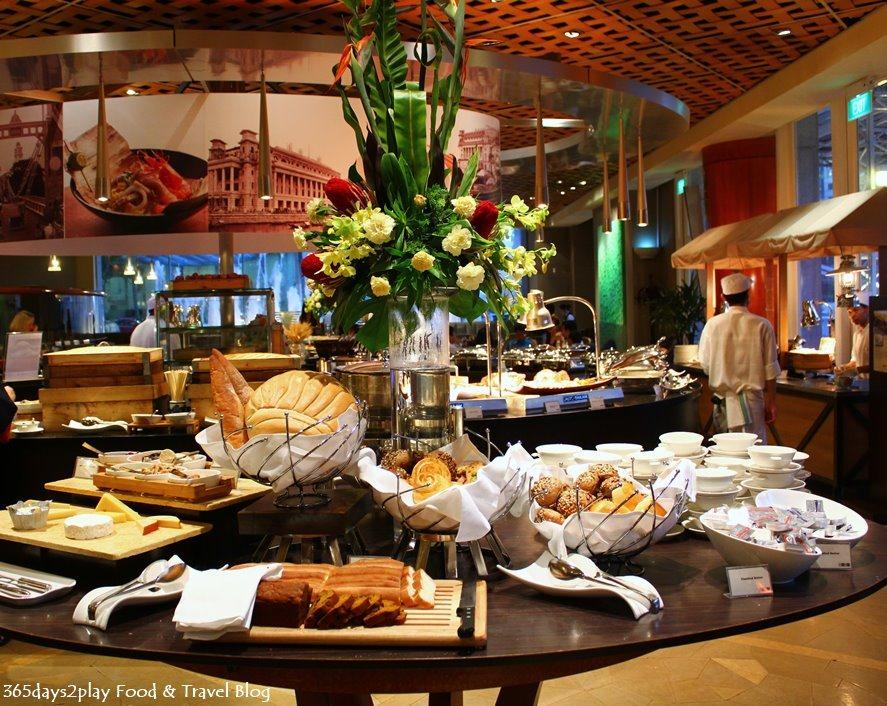 Fullerton Town Restaurant Buffet Review