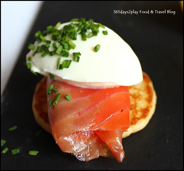 Absinthe Restaurant Francais - Smoked Salmon with sour cream on blini (1)