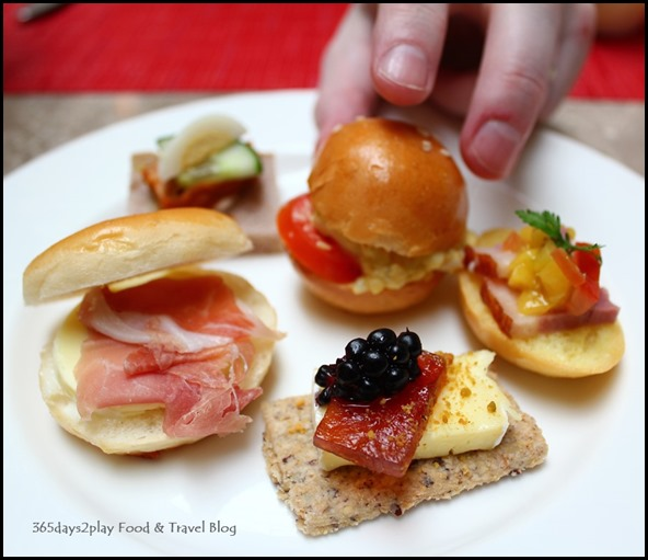 Fullerton Hotel Afternoon Tea Savoury Nibbles (1)