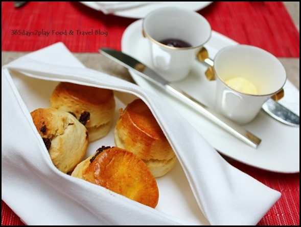Fullerton Hotel Afternoon Tea Scones with Clotted Cream and Jam (2)