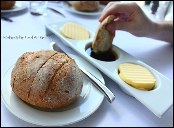 The Pool Grill at Marriott Hotel Complimentary Bread (1)