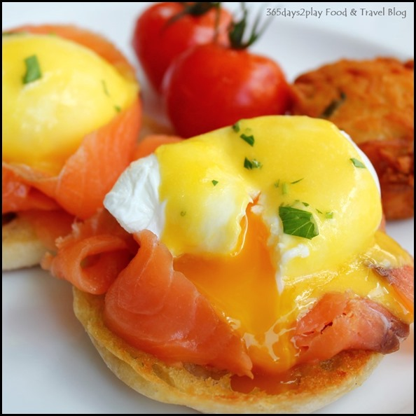 The Pool Grill at Marriott Hotel - Eggs Benedict $19 (1)