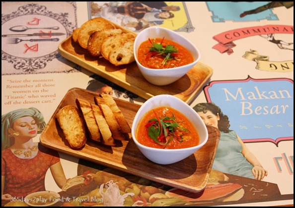 Halia at Raffles - Chilli crab dip, toasted baguette (3)