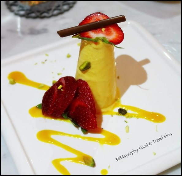 Mango Kulfi - Indian ice-cream prepared with Alphonso mango