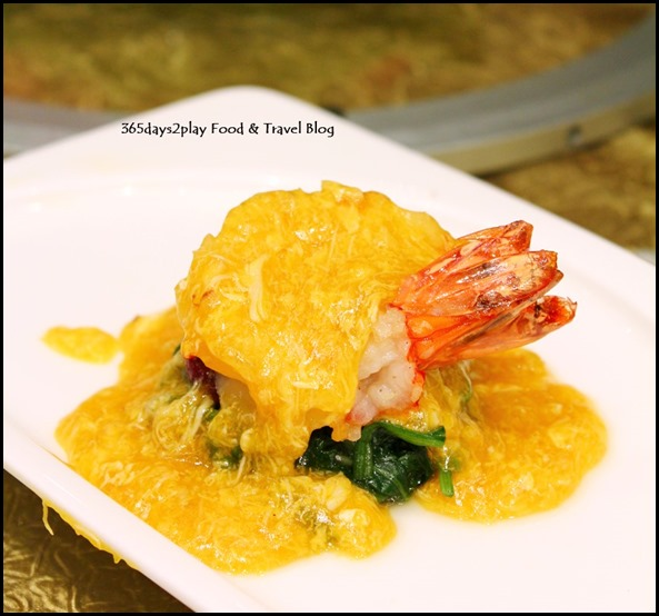 Li Bai Sheraton- Braised King Prawn and Sweet Potato with Hairy Crabmeat and Crab Roe (2)