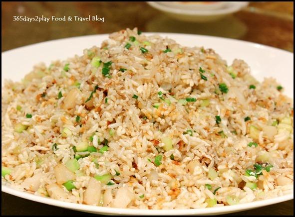 Li Bai Sheraton - Fried Crispy Rice with Diced Scallops and Asparagus