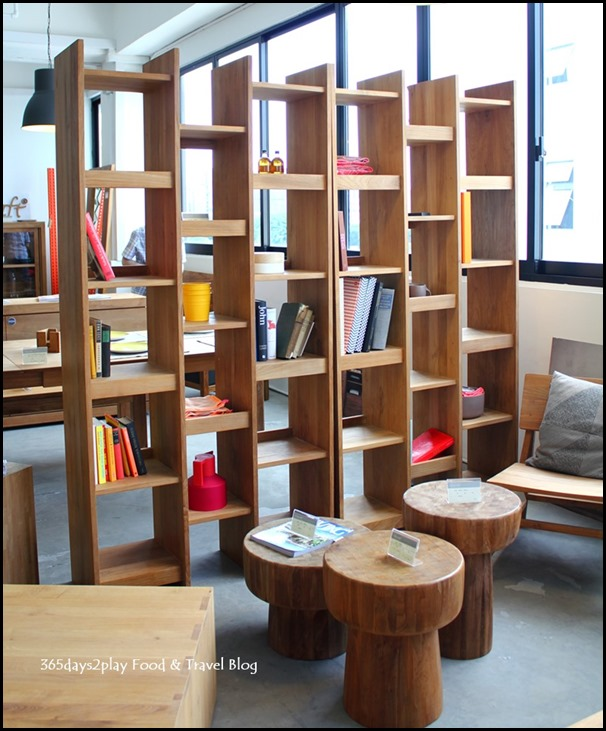 Ethnicraft - Bookshelves