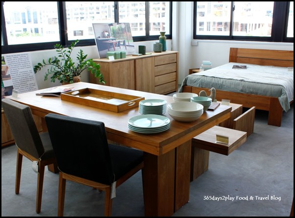 Ethnicraft - Dining Table