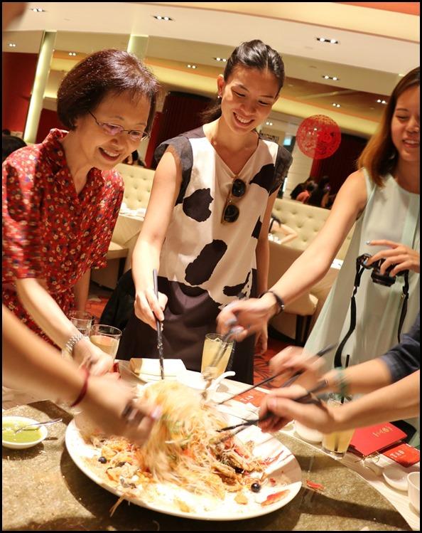 Tao Seafood Asia - Lohei time! (2)