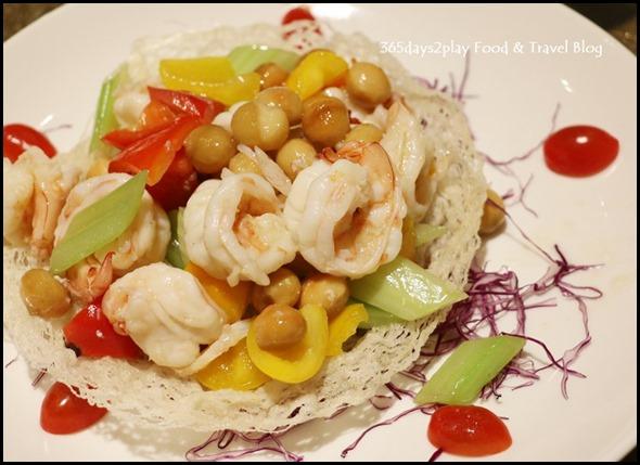 Tao Seafood Asia - Sauteed Prawns with Macadamia Nuts