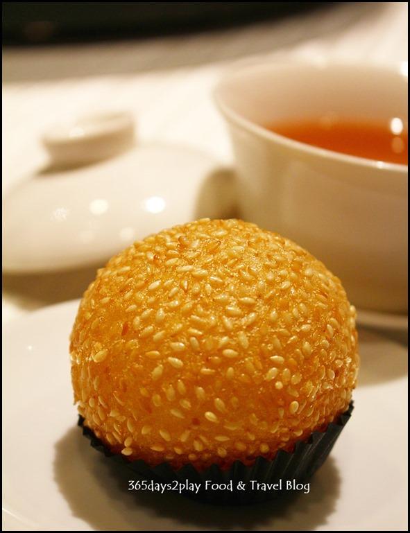 Wan Hao Chinese Restaurant - Crispy Sesame Sticky Rice Flour Ball (2)
