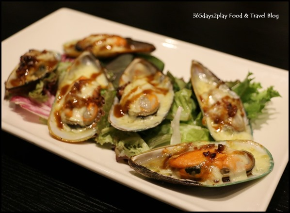 Coffee Nowhere - Baked Cheese Mussel $9.80 (3)