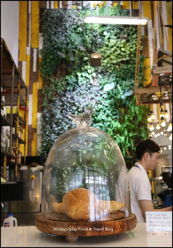 AEIOU Cafe - (3)