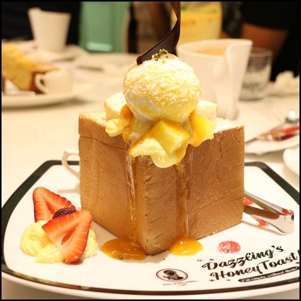 Dazzling Cafe - Mango and Coconut Gelato Honey Toast $18 (2)