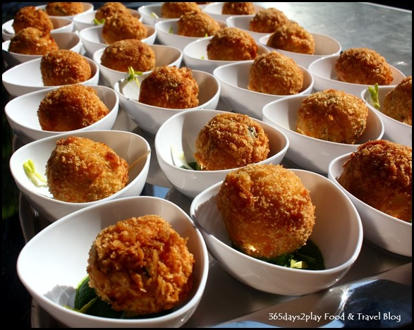 Suvai - Potato and paneer croquette with spinach puree