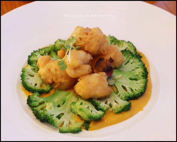ME@OUE - Pumpkin Salted egg  Yolk cray fish, Broccoli, Green Chilli