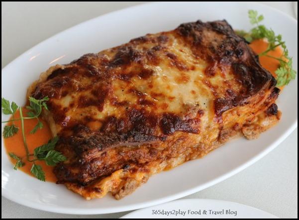 Zafferano Brunch - Lasagna in mince beef ragout, bechamel sauce