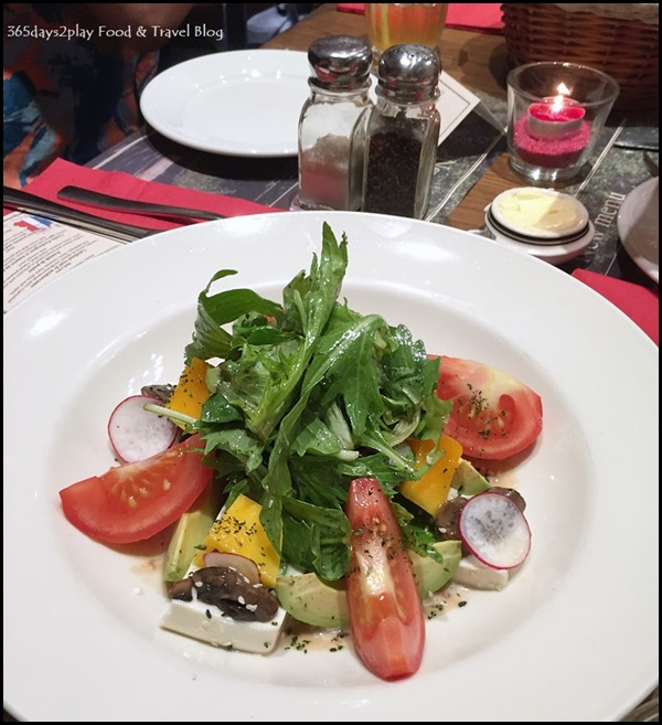 Paul Singapore -  Mixed salad with cold tofu, fresh mangoes, tomato vine, avocados, red radishes, button mushrooms, mango vinaigrette