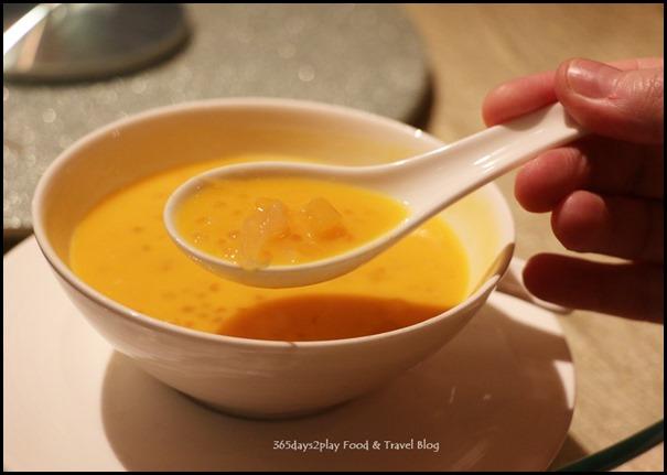 Four Seasons Hotel Wedding Dinner - Fresh Mango Sago with Pomelo