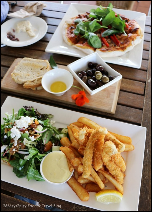 Olio Bello Cafe - Augusta crumbed whiting, salad and beer battered chips $27 (2)