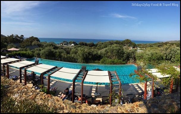 Pullman Bunker Bay Resort - Swimming Pool facing the ocean