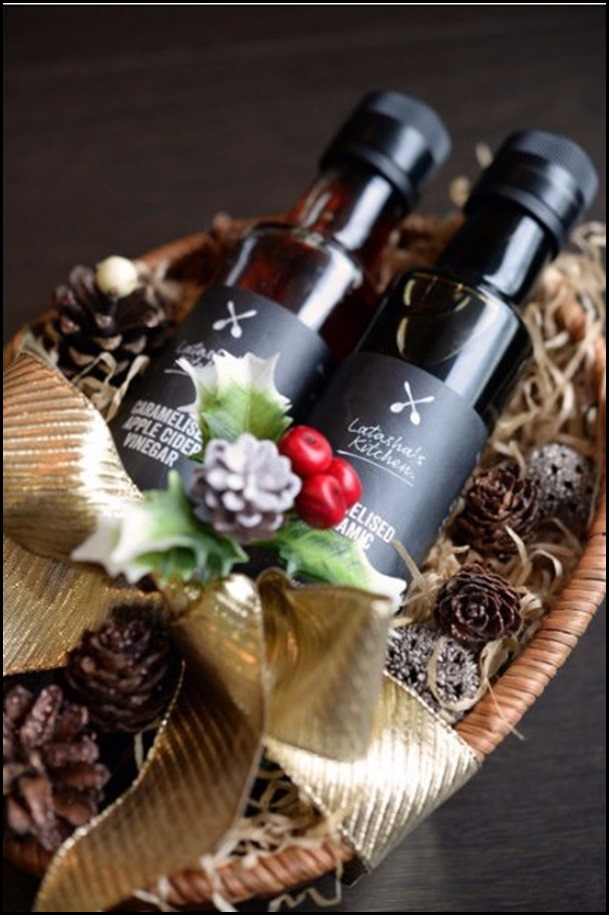 Latasha's Kitchen gluten Free Dressing Gift Hamper (Apple Cider & Balsamic Vinegar) $33