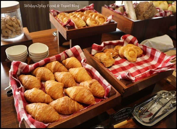 Hotel Jen Tanglin - Club Lounge Breakfast (2)
