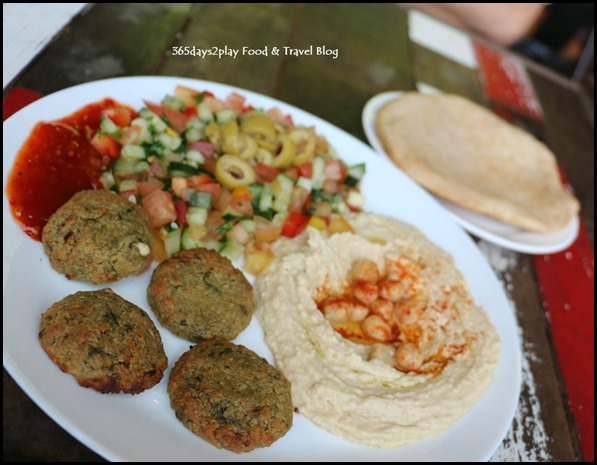 Pasar Bella Pita and Olives - Falafel with Hummus Set (1)