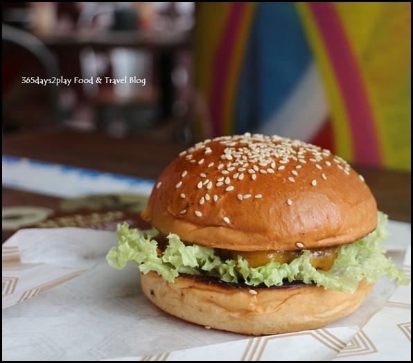 Pasar Bella Wolf Burger