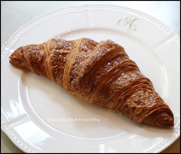Antoinette Liu Sha Croissant