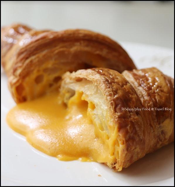 Antoinette Salted Egg Croissant (2)